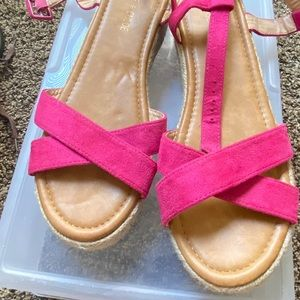 Chase and Chloe Pink Sandals